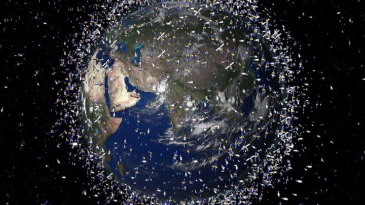 В Японии хотят создать спутник для уничтожения космического мусора лазером