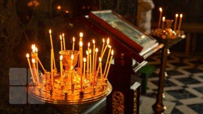 День Святой Троицы: верующие украшают дома ветками липы и грецкого ореха