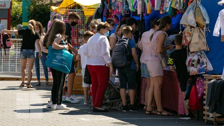 В Кишинёве открываются школьные ярмарки