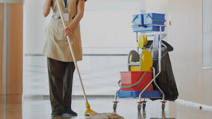 В Великобритании умерла женщина, смешавшая два моющих средства во время уборки