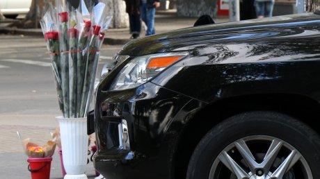 Налоговая служба будет проверять торговцев цветами на 8 марта