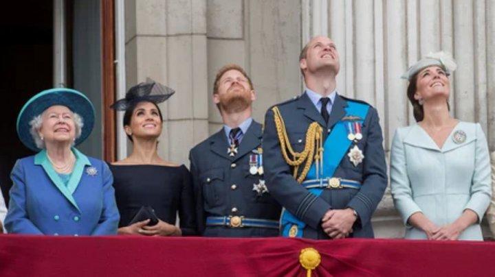 Ковид ударил по королеве: недвижимость британской короны подешевела