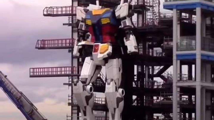 В Японии создали самого большого человекоподобного робота в мире (ВИДЕО)