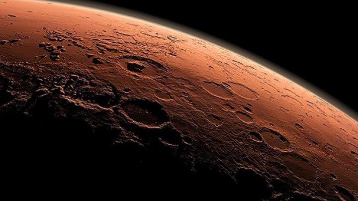 Ученые обнаружили на Марсе водоемы размером с Чехию