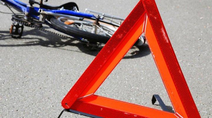 Уехал с места аварии: водитель сбил девушку на велосипеде в Кагульском районе