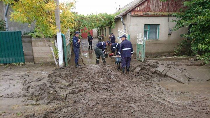 В Комрате убытки из-за прошедших дождей достигли миллионов леев: жители в отчаянии