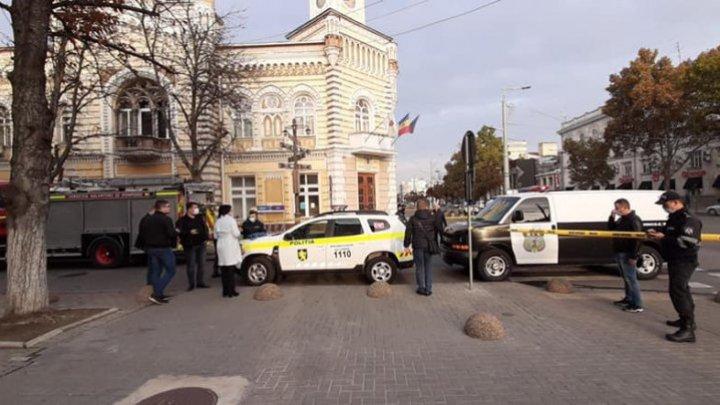 Сообщение об угрозе взрыва в мэрии Кишинёва и посольстве Украины оказалось ложным