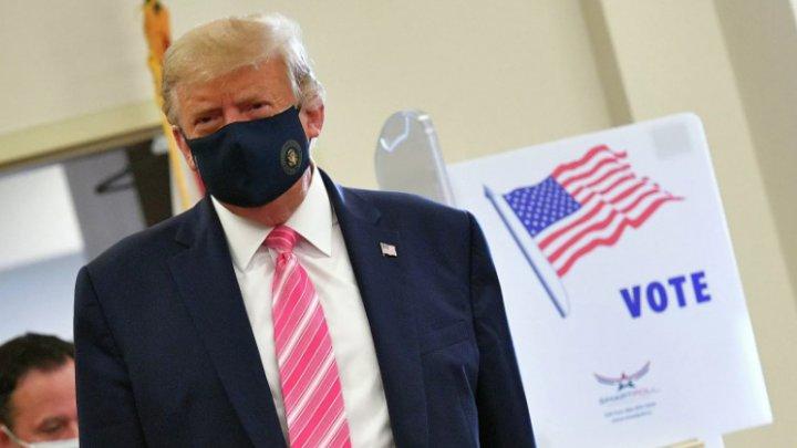 Трамп досрочно проголосовал на президентских выборах за самого себя