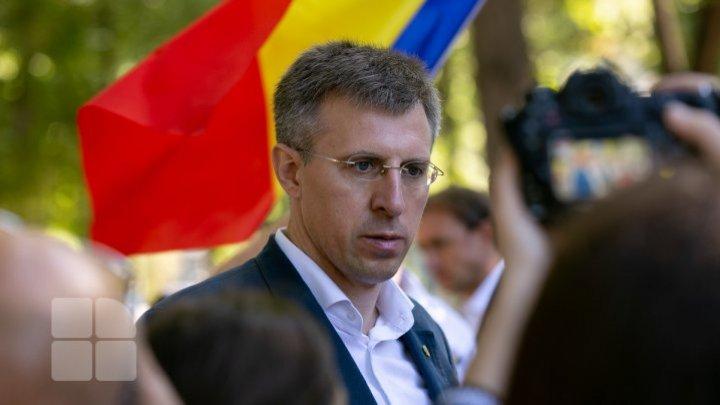 Дорин Киртоакэ призвал своих сторонников массово проголосовать во втором туре выборов против Игоря Додона