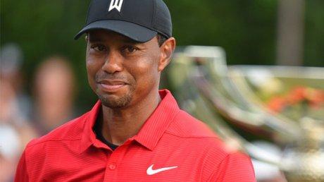Известный игрок в гольф Тайгер Вудс перенес пятую операцию на спине