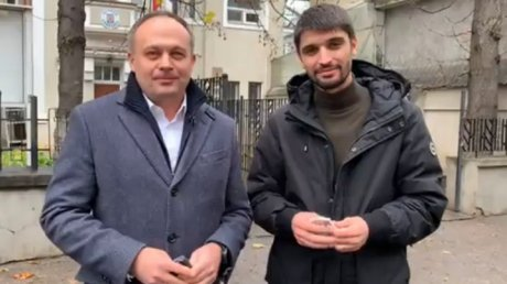 Парламентские выборы  в Румынии: Андриан Канду и Вячеслав Шарамет выступили с призывом для молдаван с двойным гражданством
