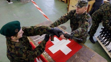 """В Швейцарии испробуют военную службу """"на удалёнке"""""""