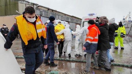 Крушение сухогруза у берегов Турции: минимум четыре человека погибли
