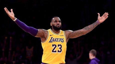 Баскетбол: Леброн Джеймс вновь отметился повышенной результативностью