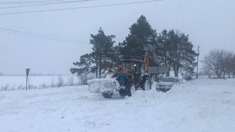 Снегопад парализовал молдавские дороги: власти в который раз оказались не готовы