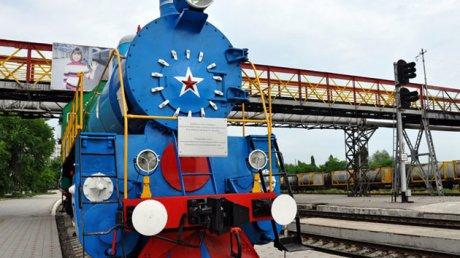 """Сокращения на Молдавской железной дороге: """"Люди, в которых нет необходимости, должны быть уволены"""""""