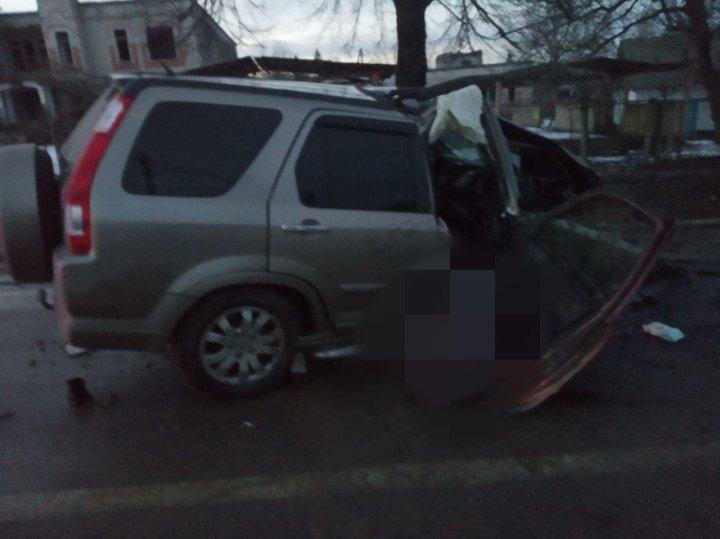 Смертельное ДТП в селе Олэнешть: за рулем машины, попавшей в ДТП, был полицейский (ФОТО)