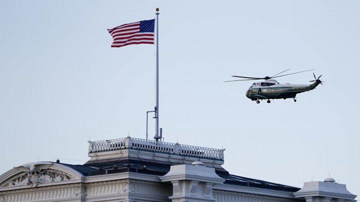 Дональд Трамп покинул Белый дом за несколько часов до инаугурации Джо Байдена и оставил ему записку