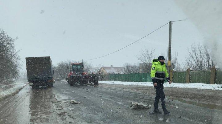Трактор с плугом и легковушка не поделили дорогу в Кантемирском районе (ФОТО)