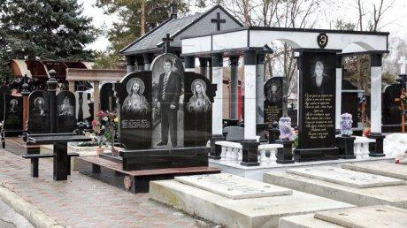 Митрополит Кишинёвский и всея Молдовы просит открыть кладбища в Родительский день