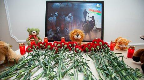 Почтили память жертв Ходжалинской трагедии: траурные мероприятия провели в Кишиневе
