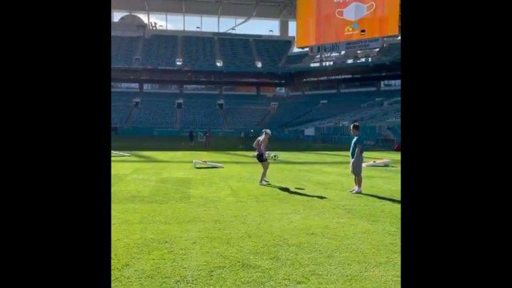 Симона Халеп удивила навыками владения футбольным мячом