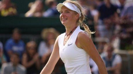 Юная теннисистка Линда Фрухвиртова выиграла первый матч в турнирах WTA