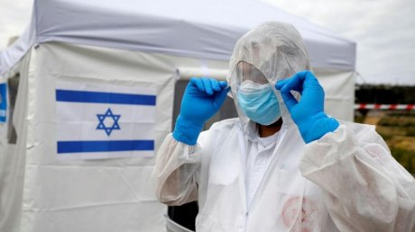 Израиль и Великобритания смягчают карантин на фоне успешной вакцинации