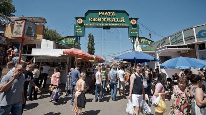Кишиневский центральный рынок возвращается к работе по старому графику