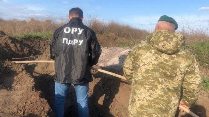 На границе с Приднестровьем обнаружен подземный спиртопровод