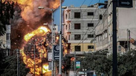 Число жертв постоянно растет: в секторе Газа погибли десять членов одной семьи
