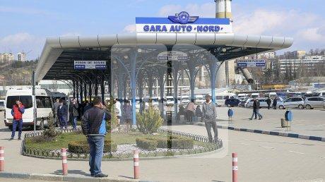 Работающие за границей покидают Молдову после праздников с родными