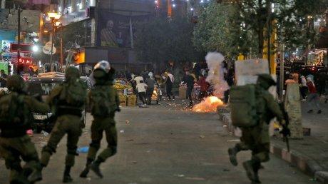 Пятая ночь столкновений в Израиле: новые обстрелы, разрушения и жертвы