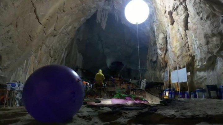 Эксперимент во Франции: люди потеряли чувство времени за 40 дней в пещере