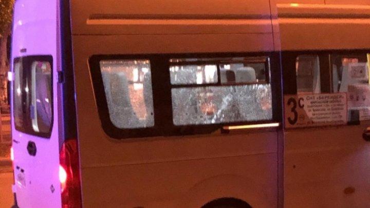 В Волгограде пьяный мужчина расстрелял пассажиров маршрутки