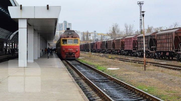 Движение поездов через Бельцы временно приостановлено из-за забастовки