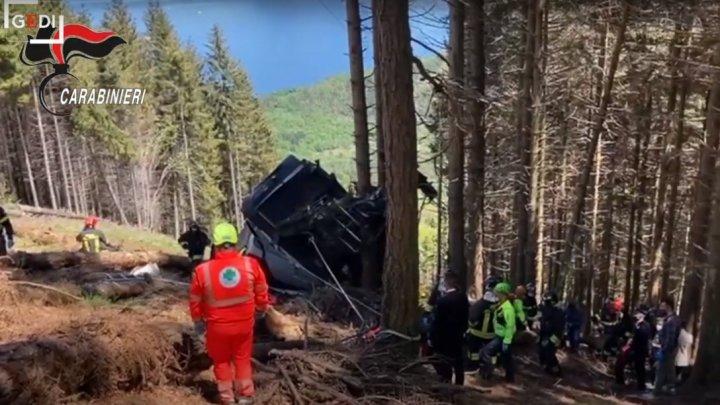 Оборвался трос: число жертв аварии на канатной дороге в Италии выросло до 14