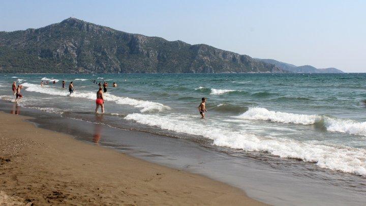 С моря — на карантин: отдыхавшие в Турции граждане огорчились из-за решения властей