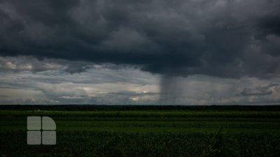 В ожидании бури: в Молдове объявлен желтый уровень погодной опасности