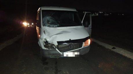 ДТП в Яловенском районе: водитель микроавтобуса сбил двух подростков на велосипедах