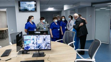 В клинической больнице Святой Троицы открылось новое отделение интенсивной терапии (ФОТО)