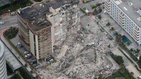 Обрушение многоэтажки в Майами: пропали 99 человек, под завалами ищут выживших