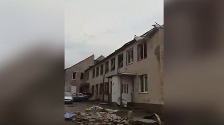 Мощный торнадо опустошил несколько деревень в Чехии (ВИДЕО)