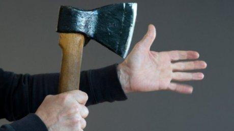 В Чимишлии 39-летний мужчина во время ссоры с отцом зарубил его топором