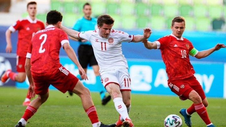 Сборная Дании вышла в 1/8 финала чемпионата Европы, победив в заключительном матче группового этапа Россию