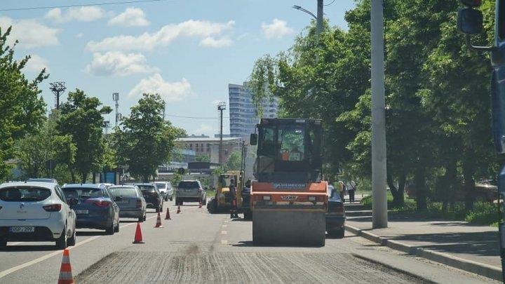 Нескончаемый ремонт: столичная улица Албишоара вновь превратилась в стройплощадку