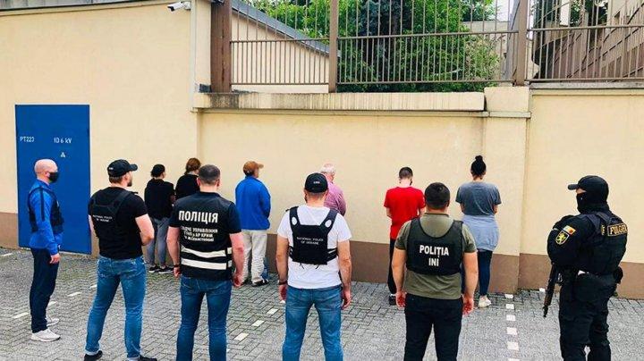 Больше 230 кг героина в кирпичах: подробности задержания крупной партии наркотиков в Молдове (ФОТО)