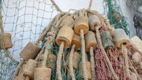 На Днестре рыбак запутался в сетях и утонул