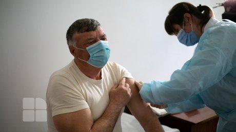Марафон провалился: в монастыре Сахарна не удалось устроить пункт вакцинации из-за антипрививочников