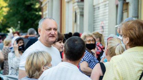 Игорь Додон признался, что пока не вакцинировался